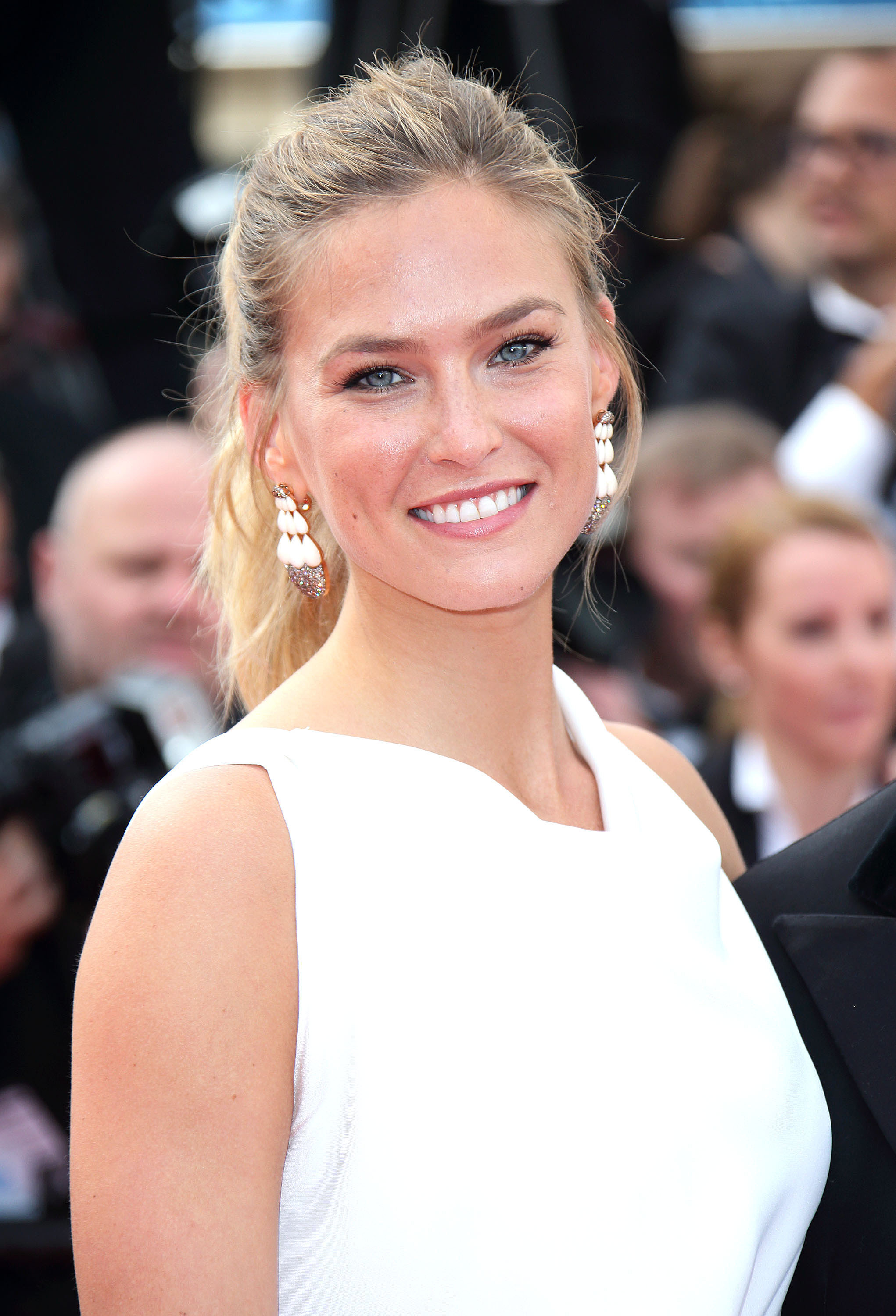 Bar Refaeli | All the Gorgeous Stars at the Cannes Film Festival ...