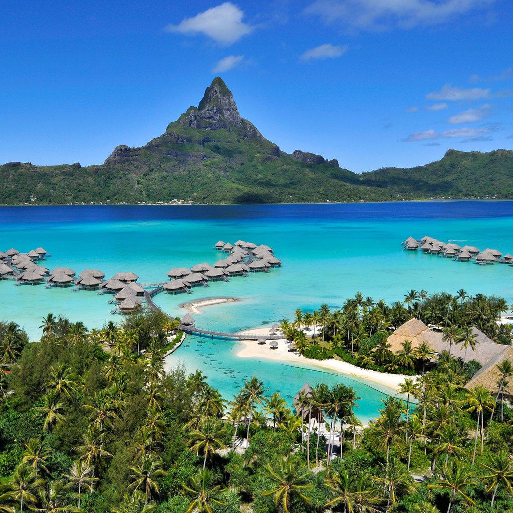 Popsugar Australia Smart Living: Best Overwater Villas To Holiday In