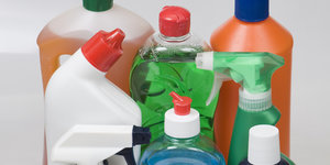 The Cleaning Products At Your Office Could Be Triggering Asthma Symptoms