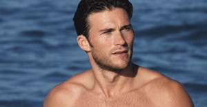 Scott Eastwood Is Hella Hot And Shirtless In New Fragrance Campaign