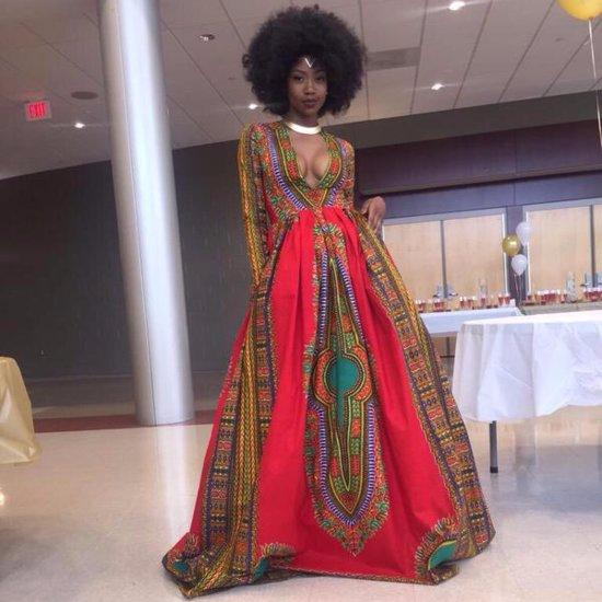 Teen Kyemah McEntyre's Red Prom Dress