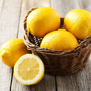 Natural Lemon Spot Treatment