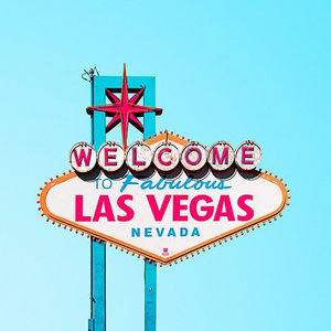 How to Have a Vegas Bachelorette Party