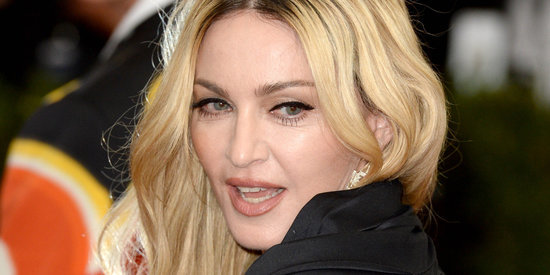 "10 Club-Worthy Beauty Lessons We Learned From ""Bitch I'm Madonna"""