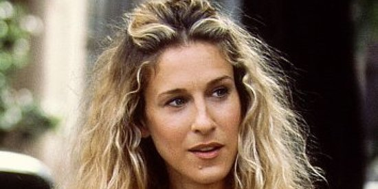 'Sex And The City' Author Candace Bushnell Gives Us A Brief Glimpse Of Carrie Bradshaw In 2015