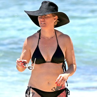 Jennie Garth in a Black Bikini With David Abra