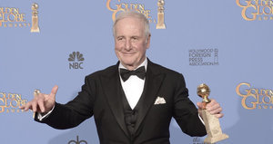 'Ocean's Eleven' and 'Karate Kid' Producer Jerry Weintraub Dead at 77