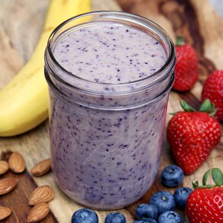 The Berry Breakfast Smoothie That Will Help You Lose Weight