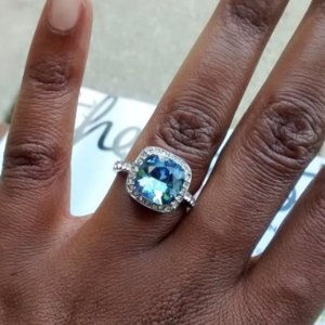 Real-Girl Unique Engagement Rings