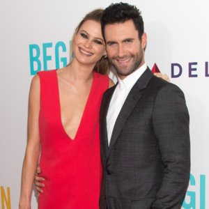 Video of Adam Levine Serenading Wife Behati Prinsloo