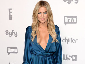 Khloé Kardashian Posts Un-Retouched Complex Photo: 'Give Me an Ounce of Credit for My Daily Workouts!'