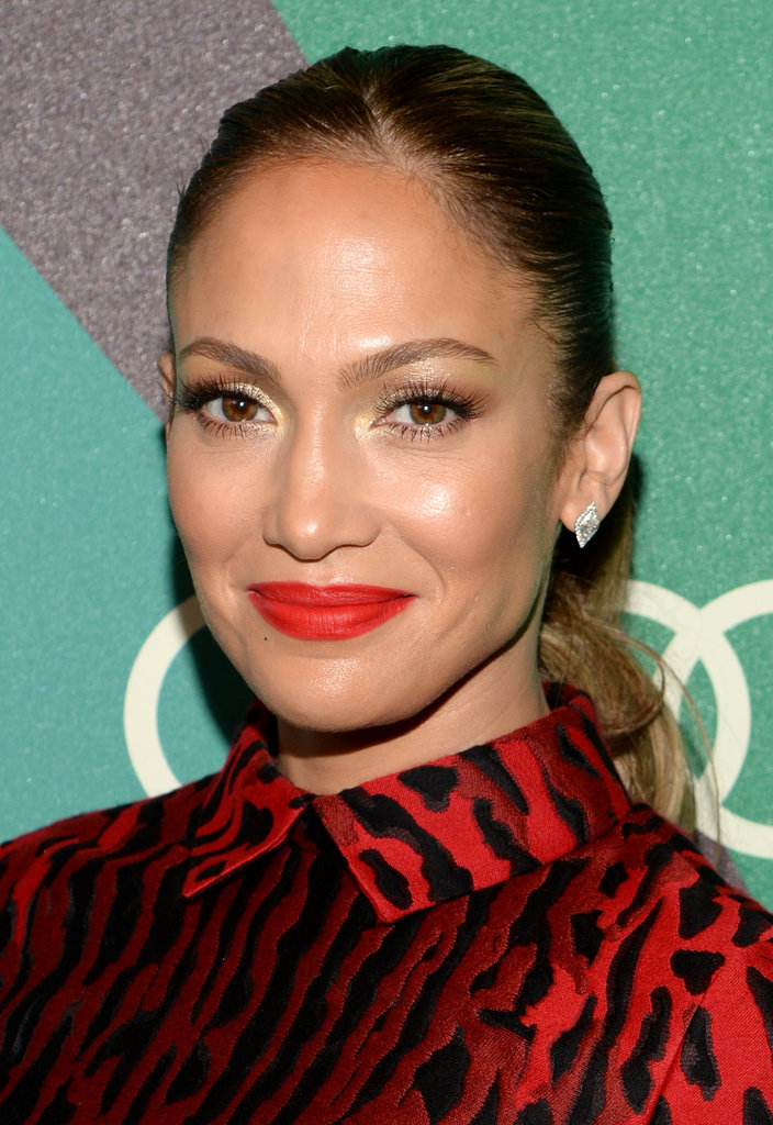 A red-hot lip made Jennifer stand out at the Variety Power of Women Awards. Her hair was slicked back into a ponytail, and her lashes were framed by a gilded eye shadow.