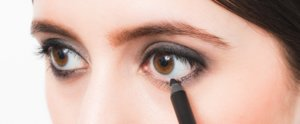 How to Re-Create the Gold Smoky Eye You Love From Pinterest
