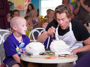 Cool Champs! Watch Kevin Bacon Challenge a Lucky Kid to an Ice Cream Eating Contest for Charity