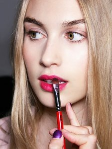 The 15 Most Epic Lipstick Hacks, Revealed