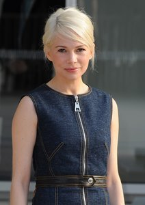 Michelle Williams dating author Jonathan Safran Foer