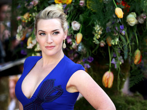 This Is The Awesome Body-Positive Mantra Kate Winslet Recites With Her Teenage Daughter