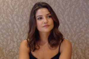 'The Originals' Interview: Danielle Campbell Teases Davina in Her Role as Regent