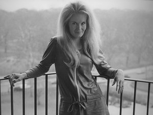 Lynn Anderson Dies of Heart Attack at 67