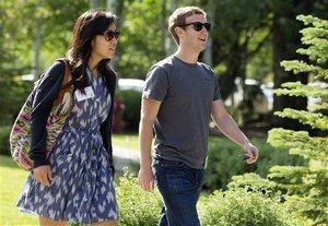 Poignant Note Reveals Baby Zuckerberg on the Way