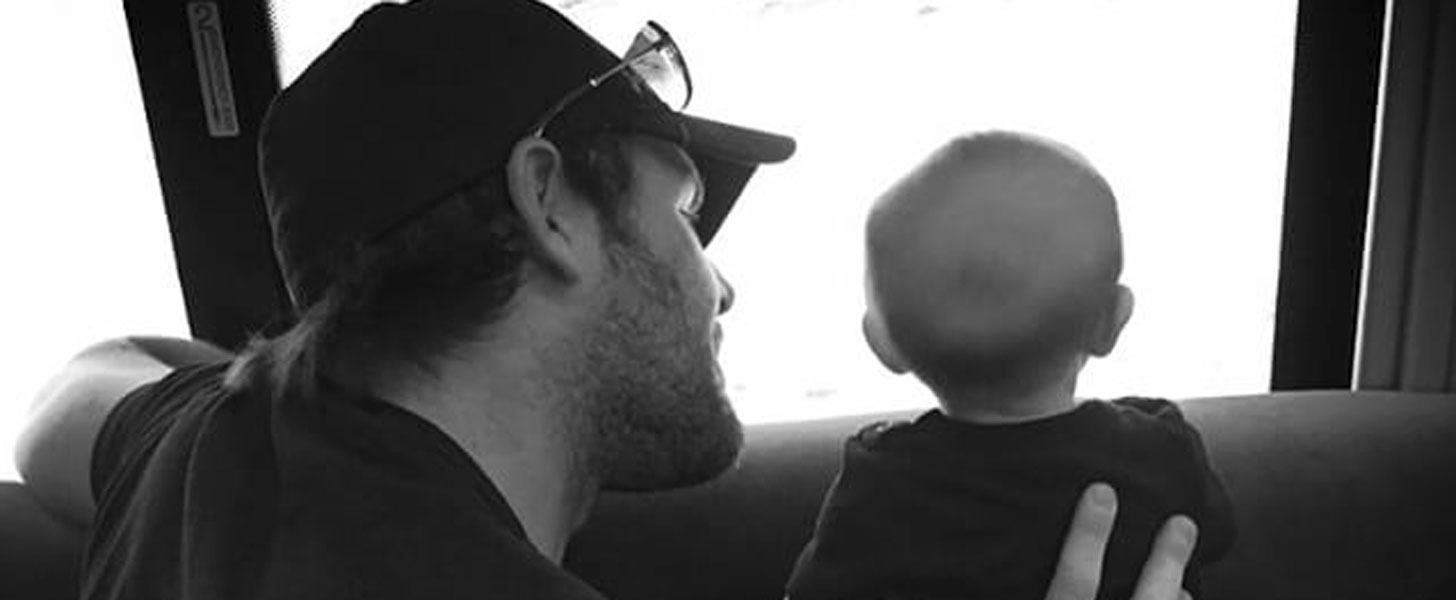 Carrie Underwood Shares the Sweetest Tour Bus Photo of Baby Isaiah