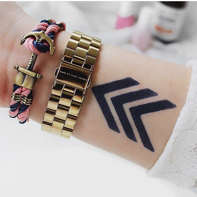 Temporary tattoos that look real popsugar beauty for How to make a fake tattoo look real