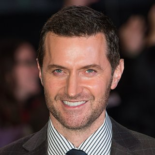 Gorgeous Photos of British Actor Richard Armitage