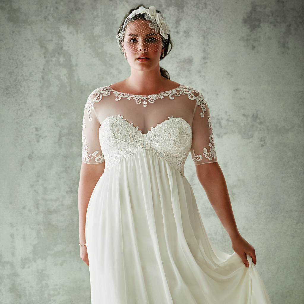 David 39 s bridal plus size wedding dresses popsugar fashion for Plus size wedding dresses online usa