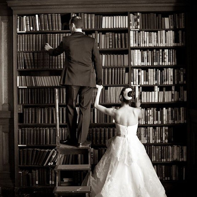 Book Hunting Couple Photo