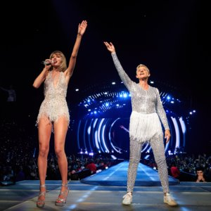Ellen DeGeneres at Taylor Swift's 1989 Concert