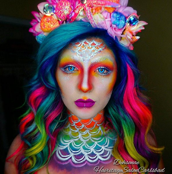 Username: @dehsonae Number of followers: 158K Known for - Colorful Halloween Makeup