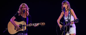 "Calling All Friends Fans! Phoebe Buffay and Taylor Swift Sang ""Smelly Cat"" on Stage"