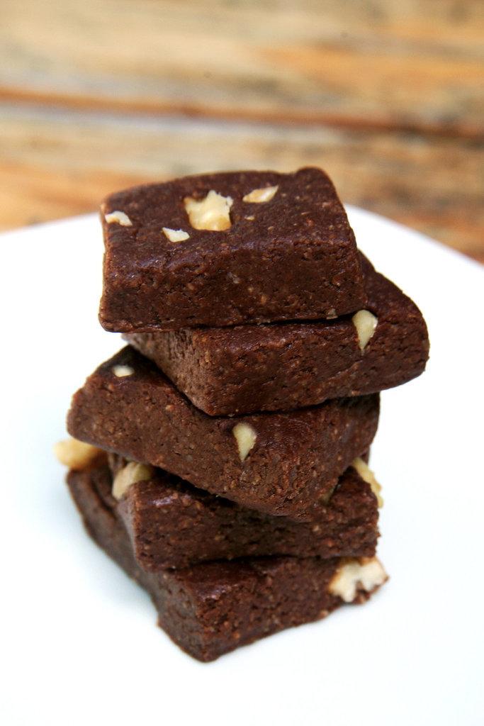 Low-Calorie, No-Bake Brownies