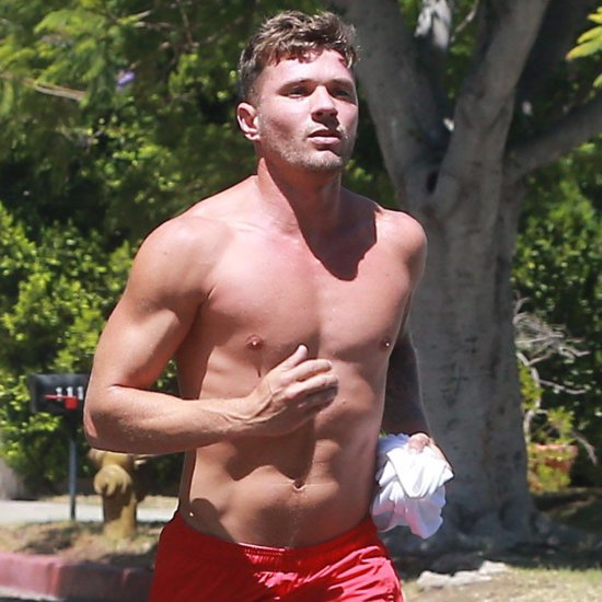Ryan Phillippe Jogging Shirtless in LA Pictures