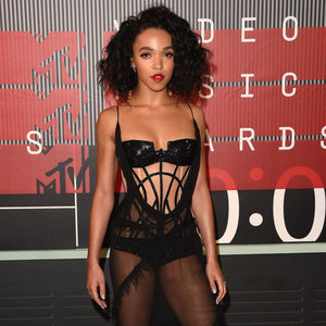 2015 VMAs: Must-See Looks From The Red Carpet