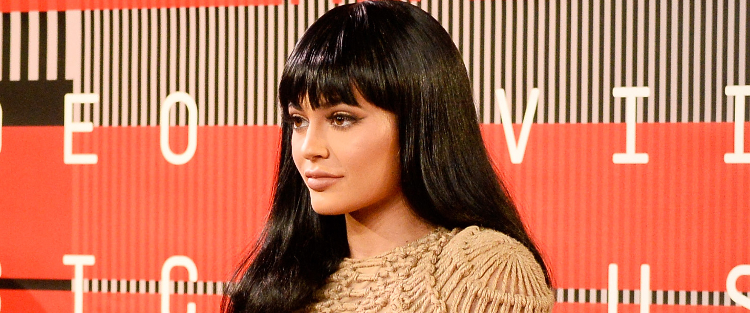 Kylie Jenner Debuted Bangs at the VMAs — Do You Like Them?