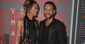 Chrissy Teigen And John Legend Are The Perfect Couple At The 2015 VMAs