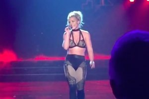 "Britney Spears Telling A Crowd ""Men Can Suck My Fucking Toe"" Is The Most Iconic Thing You'll Hear All Week"
