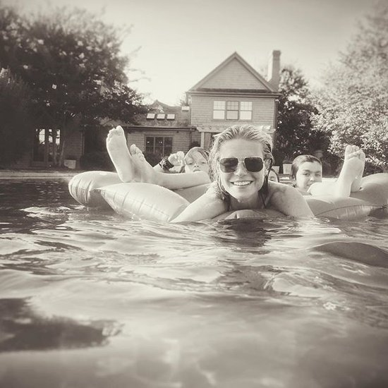 Gwyneth Paltrow Posts a Pool Picture September 2015