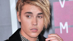 VIDEO: Justin Bieber Explains Why He Broke Down After His VMA Performance