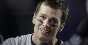 Tom Brady Apologizes For Wasting Our Time With 'Deflategate'