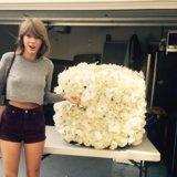 Kanye West Sent Taylor Swift