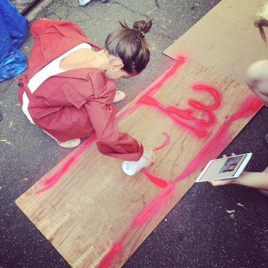 Katie Holmes Posts Picture of Suri Cruise's Sidewalk Art