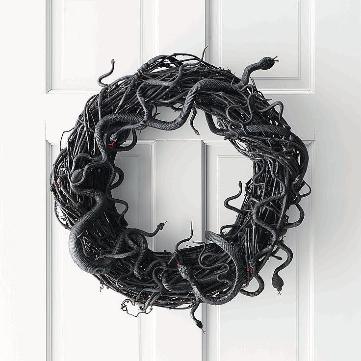 10 diy halloween wreaths popsugar home - Interesting diy halloween wreaths home ...