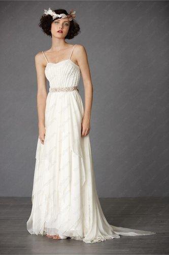 Tulle Spaghetti Straps Hidden Back Zip Structured Bodice Wedding Dress - Vuhera.com