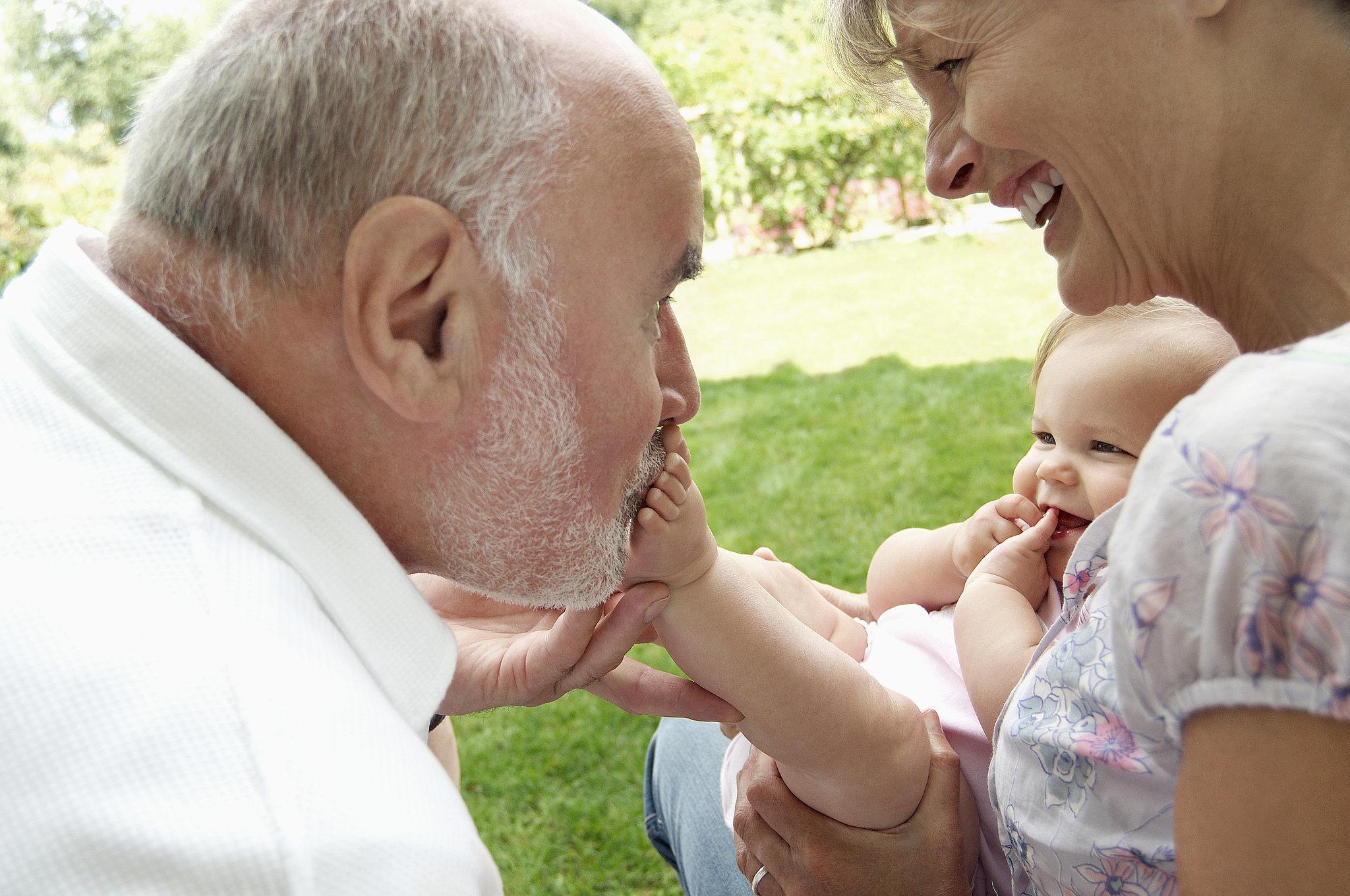 Старуха и внук онлайн 3 фотография