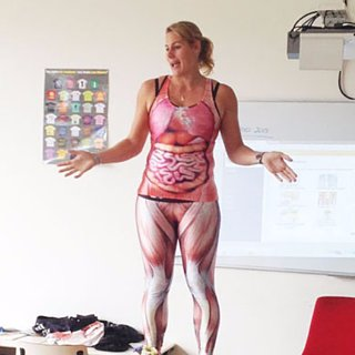 Teacher Strips to Teach Kids Biology