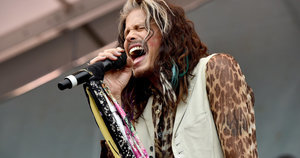 Steven Tyler Asks Trump To Quit Using 'Dream On' For Campaign