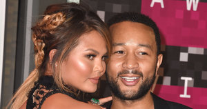 Chrissy Teigen And John Legend Announce Pregnancy With Sweet Instagram Photo