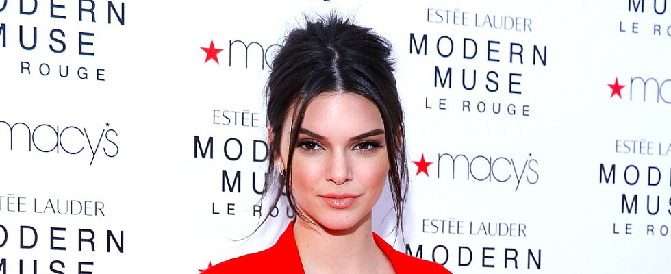 Discover the Treatment Kendall Jenner Used to Get Rid of Her Acne